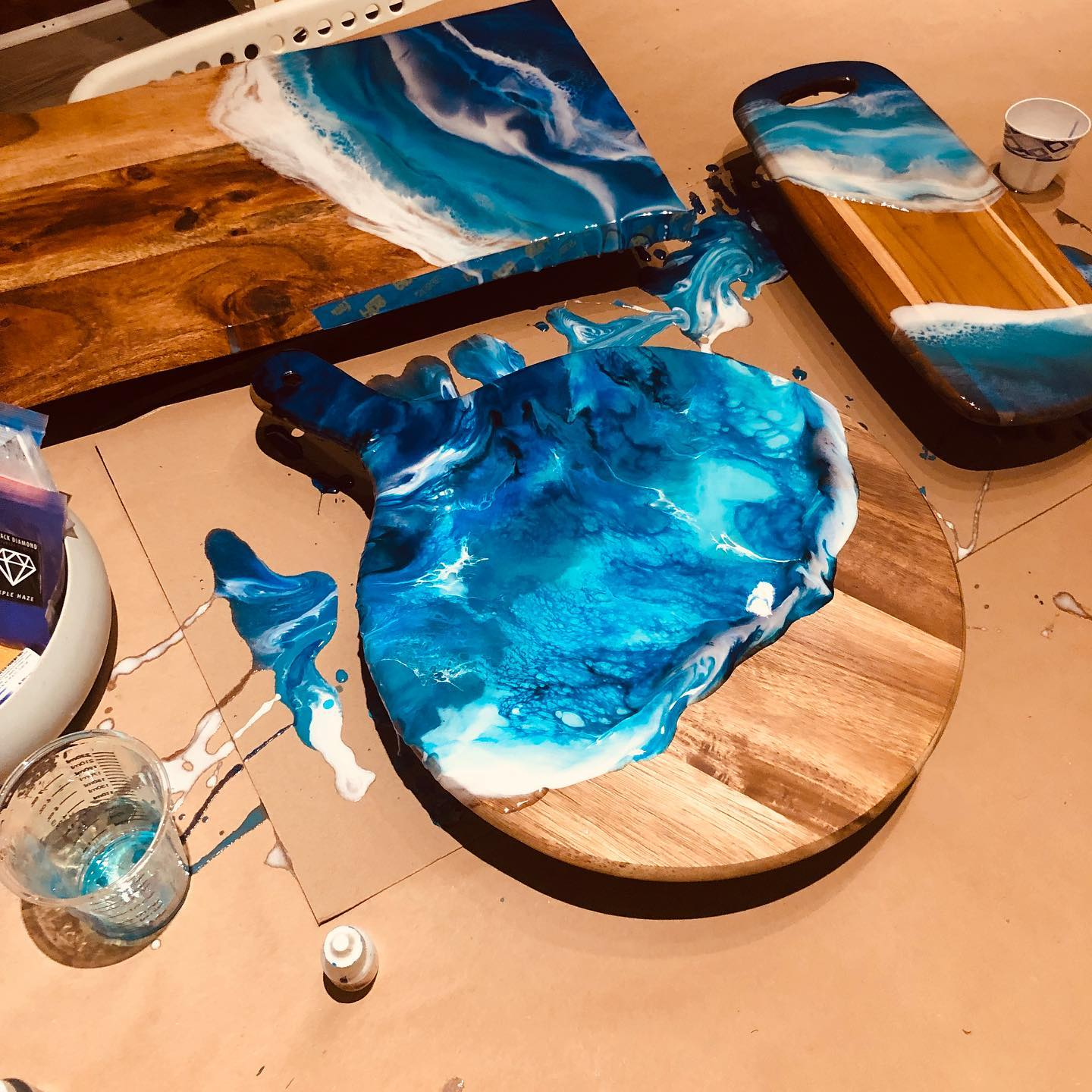 Clear Epoxy Resin For Wooden Bar Tops Countertops Tables and